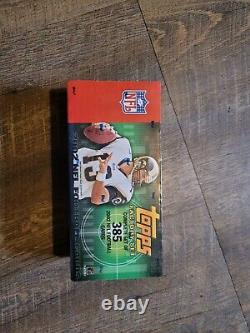 2002 Topps FOOTBALL Complete SEALED Factory Set with TOM BRADY 1st Topps Card